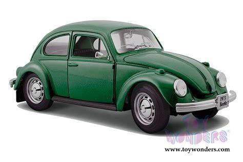 volkswagen maisto volkswagen beetle top by maisto 1 24 scale diecast