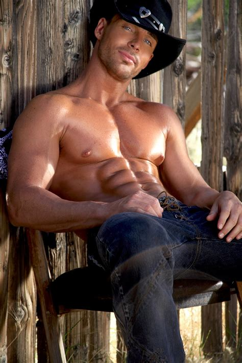 Mcconaughey Tops Sexiest Southern Hunks List by Thunder From 31 Hotmuscleboys