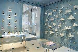 Wall Designer Online inside christian dior s very opulent mayfair store with