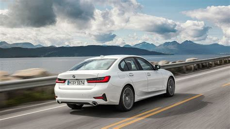 Bmw 3 Series 2019 Variants by 2019 Bmw 3 Series Hopes To Be The Sport Sedan Benchmark