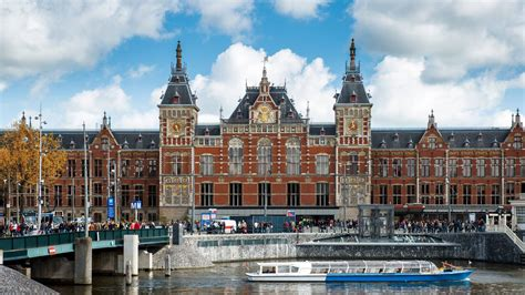 London-Amsterdam: only 4 hours by train | Heavenly Holland