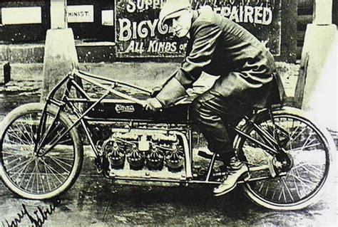 Kaos Classic Bikers Motor Klasik Triumph 6 Original Gildan no mirando a nuestro da 241 o glenn hammond curtiss 1878