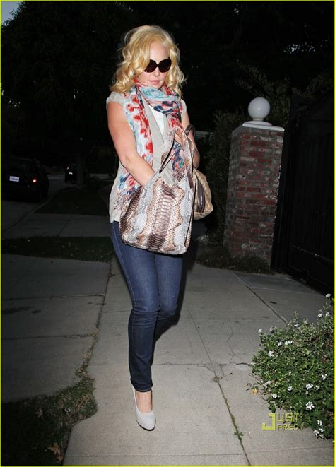 Katherine Heigls Jimmy Choo Purse by Sized Photo Of Katherine Heigl Purse 05 Photo