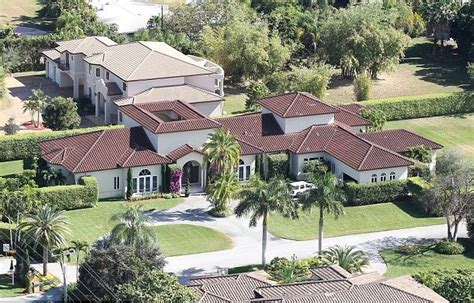 oj simpson house everything you need to know about oj simpson s new trial and personal finances