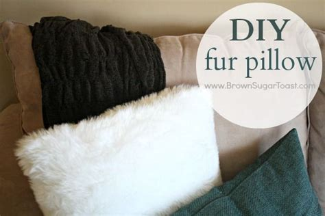 Diy Fur Pillow by Diy Fur Pillow The Two Compliments Of And Pillow