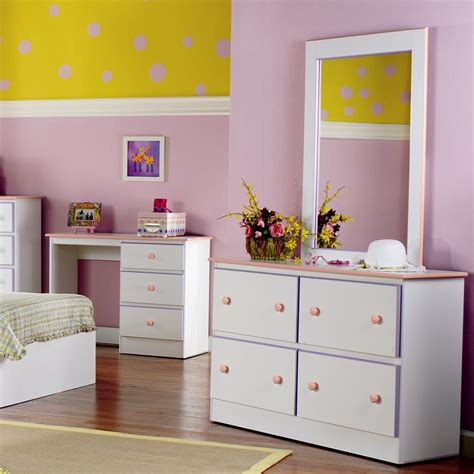 dressers 10 awesome design dressers with deep drawers