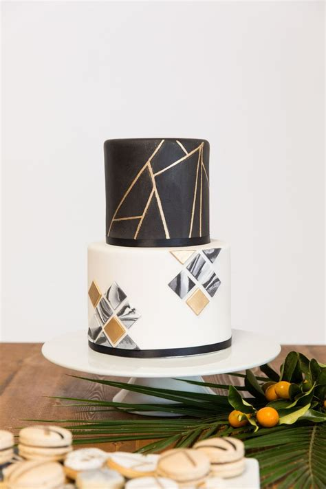 Dress Wenny 25 best ideas about black and gold cake on
