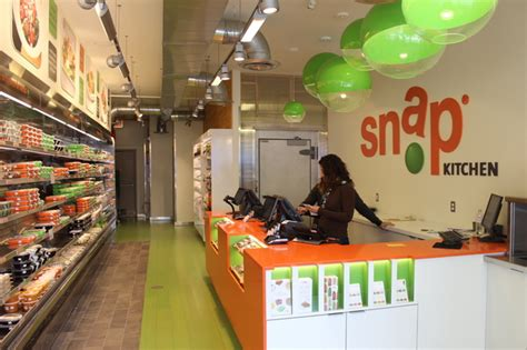 snap kitchen snap kitchen offers on the go meals in three new chicago