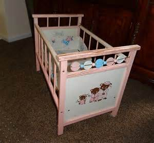 Baby Doll Cribs And Beds Vintage Wood Baby Doll Crib Drop Side Spinners Three Bears Decal 1950