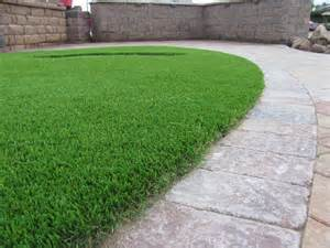 7 landscape edging ideas for artificial grass lawns