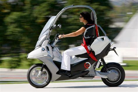 Motorrad Unter 125ccm by Bmw F 228 Hrt Unter Strom Roller Studie C1 E Mit Elektromotor