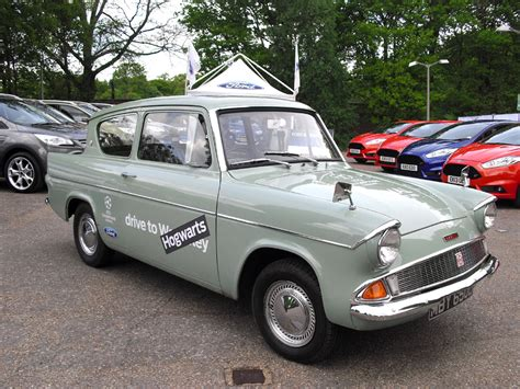 ford anglia harry potter harry potter ford anglia images