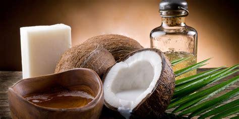 membuat minyak kelapa untuk rambut 5 manfaat minyak kelapa yang baik untuk kesehatan