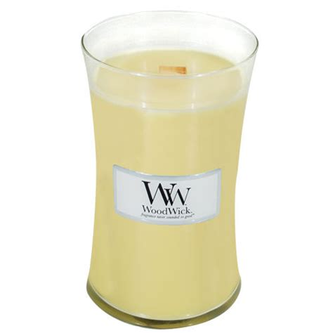 woodwork candles cande review woodwick candle in lemon chiffon