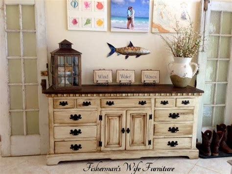 How To Redo Bedroom Furniture by Best 25 Dresser To Buffet Ideas On Chalk