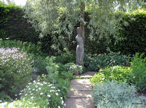 le jardin blanc de sissinghurst castle photo de le