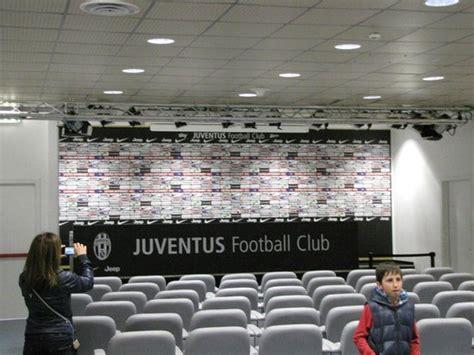 panchina juventus stadium la panchina foto di stadio juventus torino tripadvisor