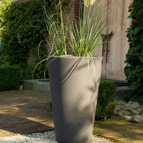Planters Outdoor by Liscio Indoor Outdoor Planter Outdoor Pots And Planters