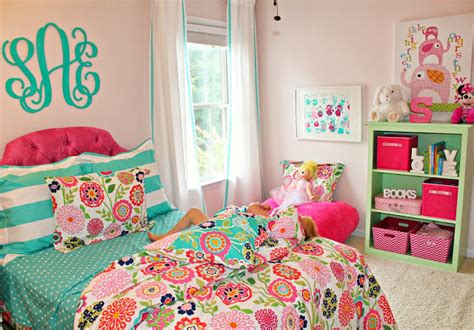 pink and turquoise bedroom carolina on my mind turquoise and pink big girl bedroom