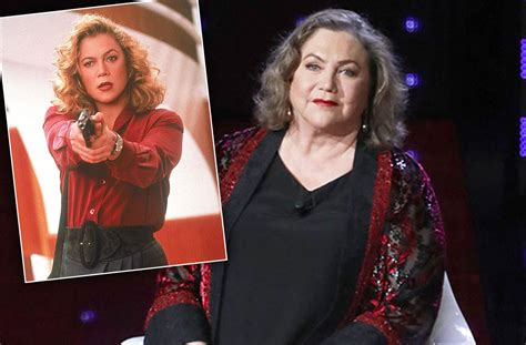 how tall is kathleen turner and weight kathleen turner crippled actress struggling at 62 years old