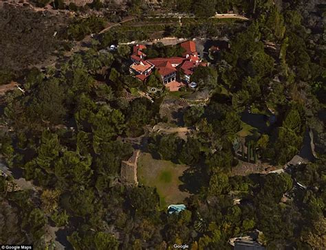 jeff bridges santa barbara jeff bridges sells his montecito villa for 15 9 million