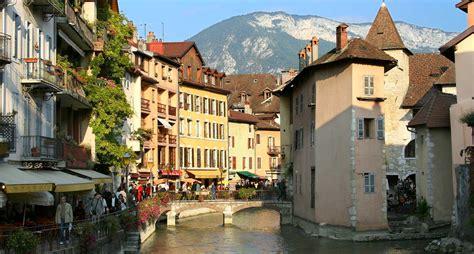 Annecy tourisme   Arts et Voyages