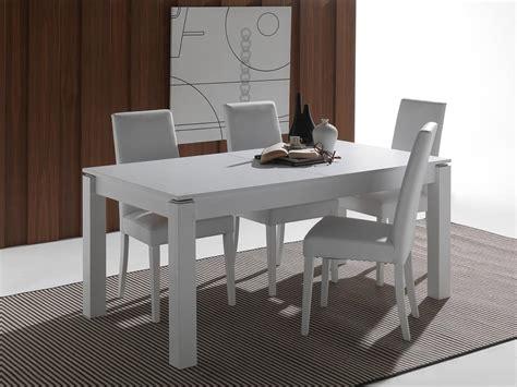 tavoli bianchi moderni tavolo allungabile in legno massello laccato idfdesign