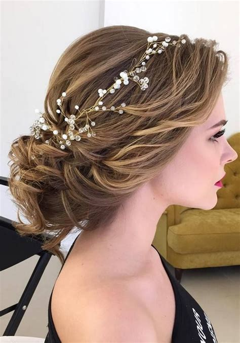 75 chic wedding hair updos for brides chongos and half updo