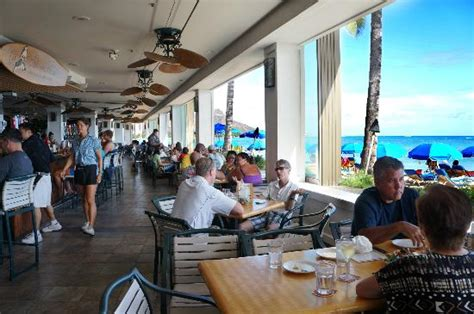 Beach Side Dining Picture Of Shore Bird Restaurant Waikiki Buffet Restaurants