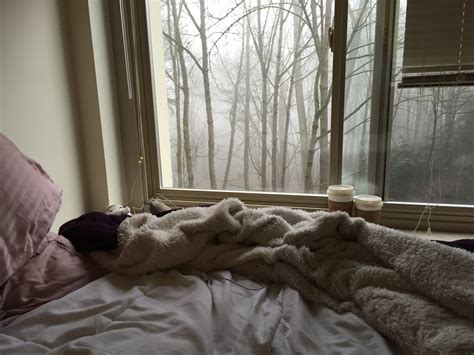 couple in bed tumblr 8 tips to prepare your dorm room for winter society19