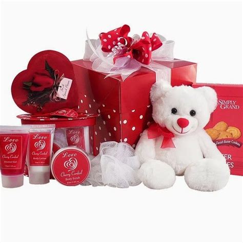 valentines day gifts top valentines day gifts for her 2017 cute happy