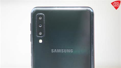 Samsung Galaxy A7 Or A50 by Samsung Galaxy A50 May Get In Display Fingerprint Sensor Infinity U Display And Rear