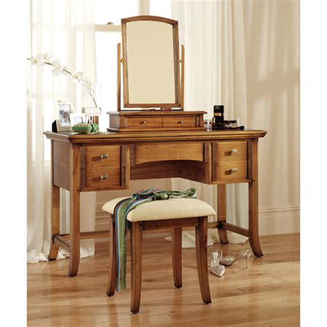 dressing table at the galleria
