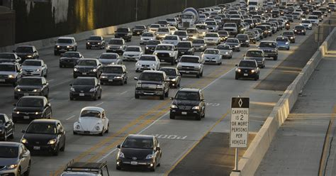 age si鑒e auto average age of cars on u s roads breaks record