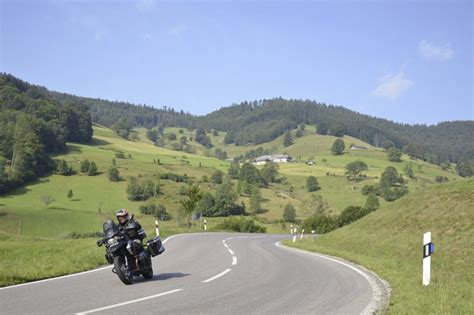 Motorrad Schwarzwald by Motorradurlaub Im Schwarzwald Hochschwarzwald Tourismus Gmbh