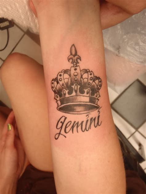 meaning tattoos crown tattoos designs ideas and meaning tattoos for you