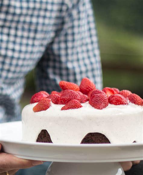 schoko erdbeer kuchen rezept f 252 r einen schoko erdbeer kuchen