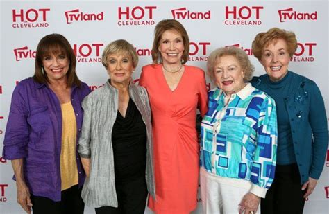 mary tyler moore 1970 episodes cast cast of mary tyler moore people we all know pinterest
