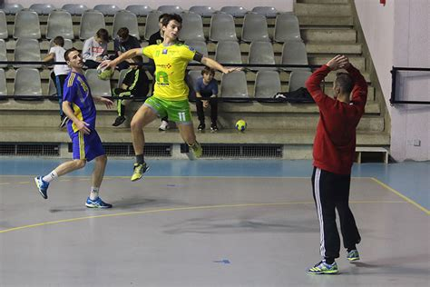 handball guilherand granges le hb guilherand granges perd 224 domicile contre marignane