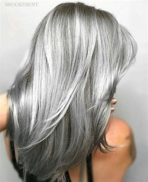 frosting hair to blend gray roots 25 best ideas about silver hair highlights on pinterest