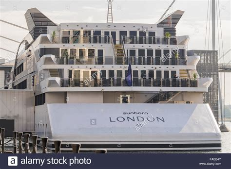old boat london sunborn boat hotel royal victoria dock london england