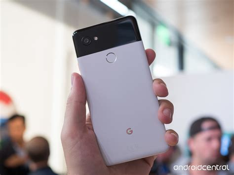google pixel 2 and pixel 2 xl hands on act two looks great google pixel 2 and pixel 2 xl hands on act two looks