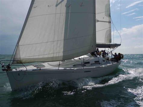 sailing boat uk yacht sailing experience building weekends lagoon