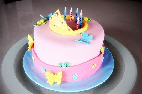 themed birthday cakes online sweet art cakes by milbre 233 moments tatanda s princess