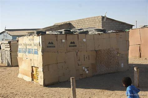 huis van karton gebouw van karton raum und m 246 beldesign inspiration