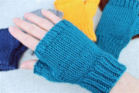simple fingerless glove knitting pattern simple fingerless glove knitting pattern purlsandpixels