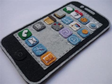 Handmade Iphone - handmade felt iphone 4 showing ios 4 interface