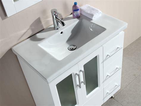 32 bathroom vanity with top