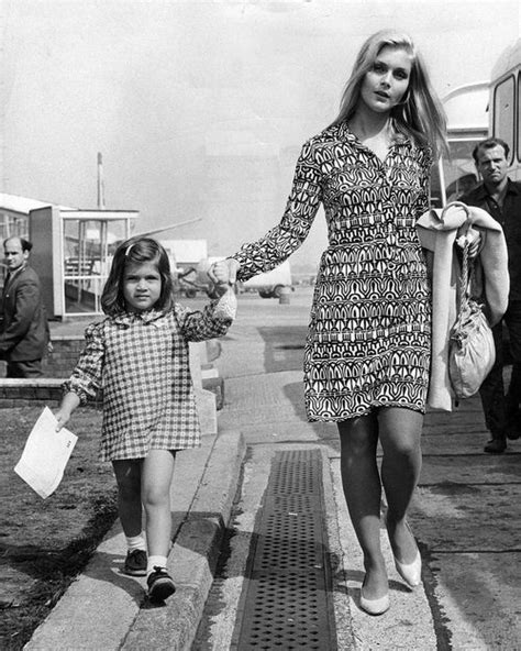 hollywood actress popularised white dress 100 best images about 60 s fashion on pinterest
