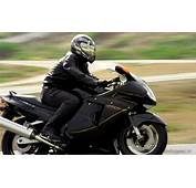 100  Honda Cbr 1100 Xx Sportbike Rider Picture